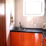 Наши номера оснащены мини-кухнями с мойкой, электрическим чайником и микроволновкой.